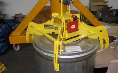 Pince à fût nucléaire 600kg
