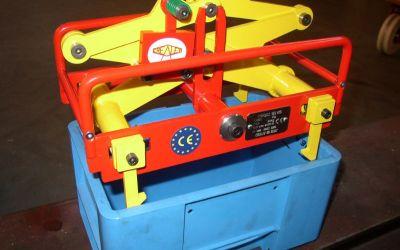 Pince automatique pour caisse plastique 30kg